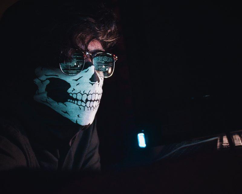 J'ai entendu dire que WordPress se fait souvent hacker, donc n'est pas très sécuritaire